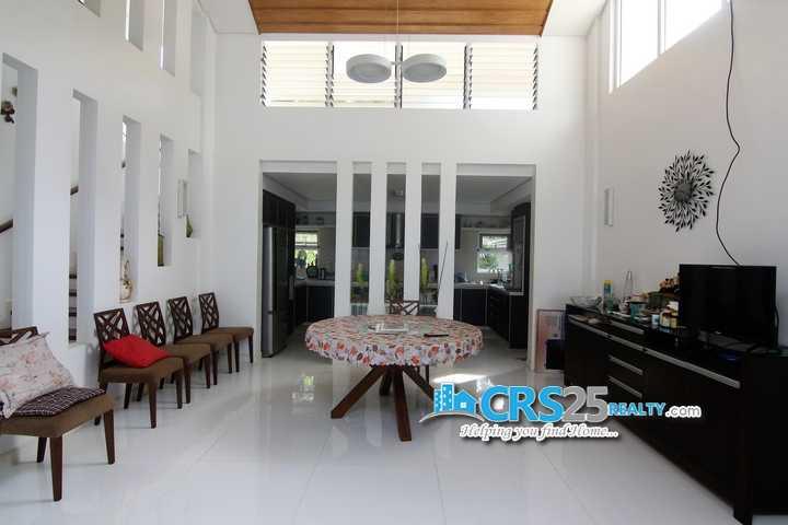 4 Bedroom Beach House in Carmen Cebu 5
