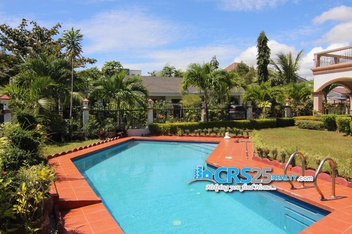 9 Bedroom Beach House in Liloan Cebu 12