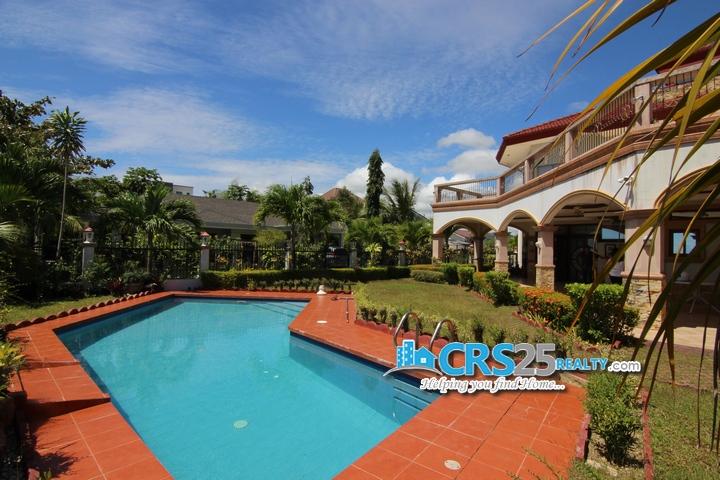 9 Bedroom Beach House in Liloan Cebu 9