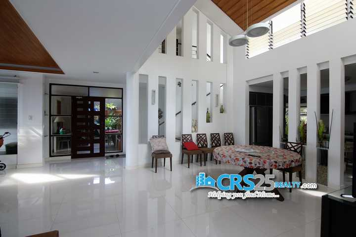 Beach Hosue and Lot in Carmen Cebu For Sale 3