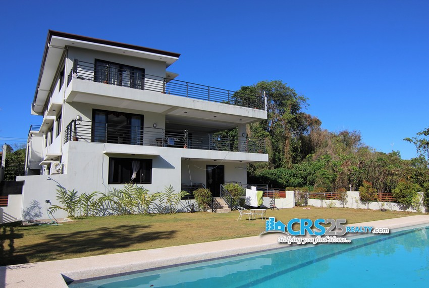 11 Bedroom House in Maria Luisa Cebu 13