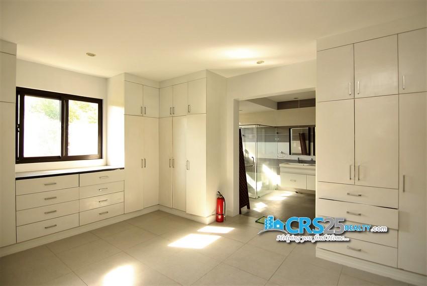 11 Bedroom House in Maria Luisa Cebu 53
