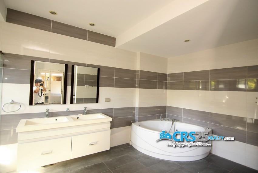 11 Bedroom House in Maria Luisa Cebu 54