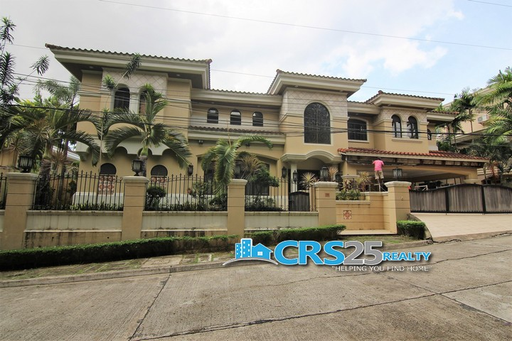 House with Swimming Pool in Talamban Cebu 2