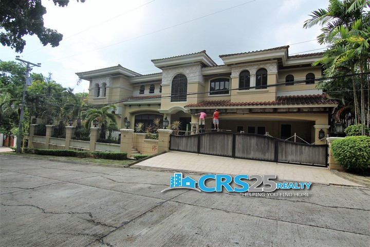 House with Swimming Pool in Talamban Cebu 5