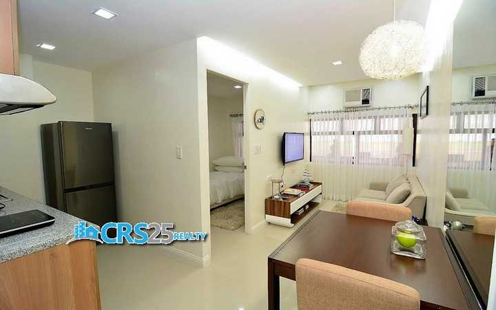 Midpoint-Residences-5