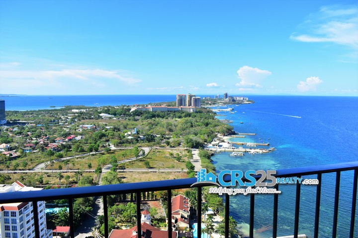 The Reef Penthouse Beach Condo in Cebu 11
