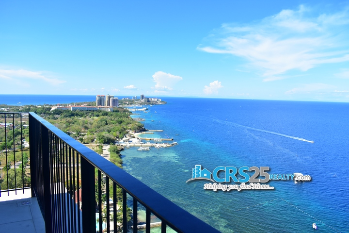 The Reef Penthouse Beach Condo in Cebu 22