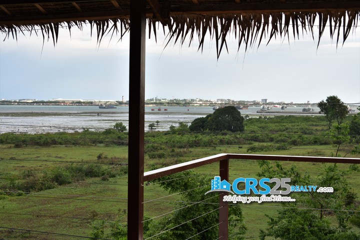 House With Sea View in Cebu 12