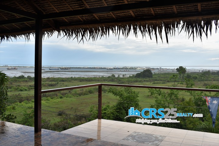 House With Sea View in Cebu 17