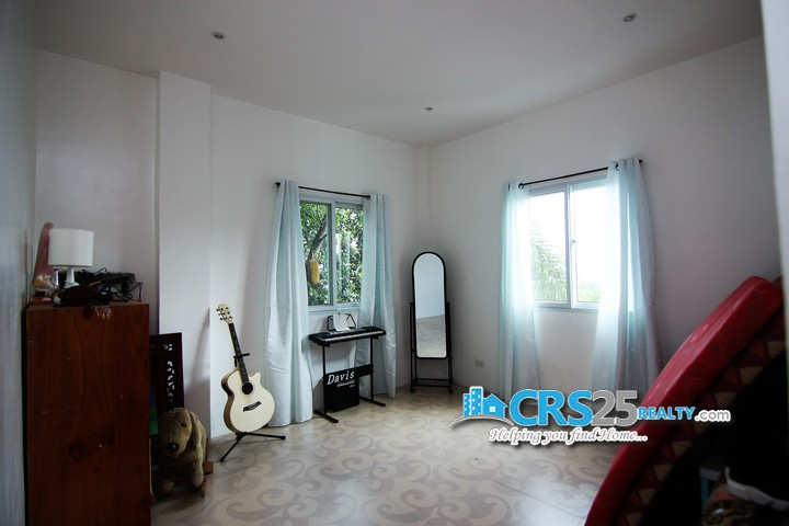 House With Sea View in Cebu 45