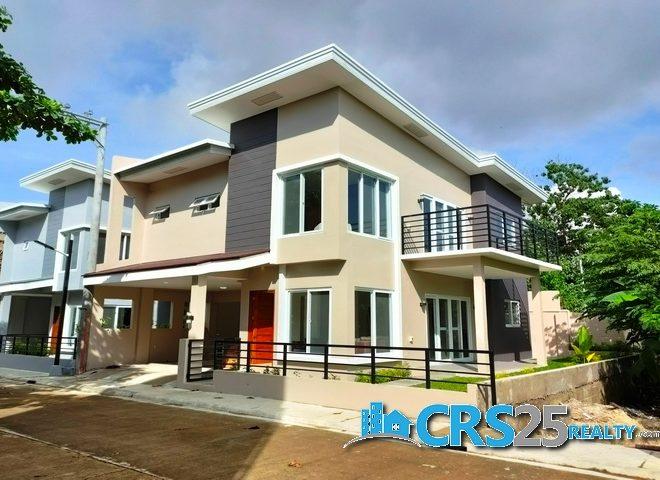 House in 800 Maribago 1
