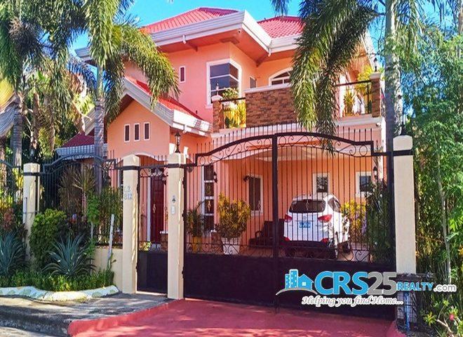 House for Sale in Mactan Near The Beach 1