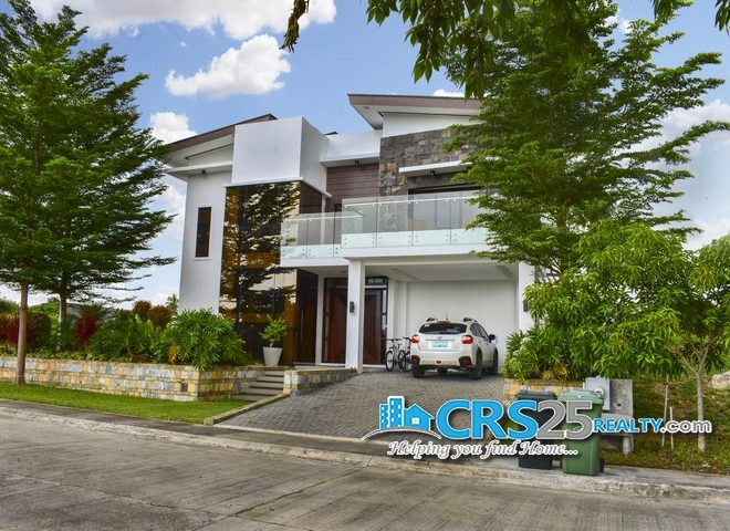 Beach House in Amara Cebu 4