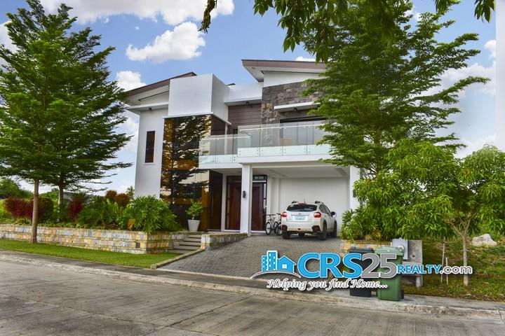 Beach House in Amara Cebu 4