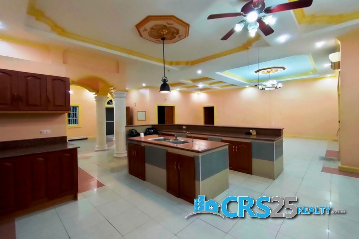 Bungalow House with Pool in Liloan Cebu 19