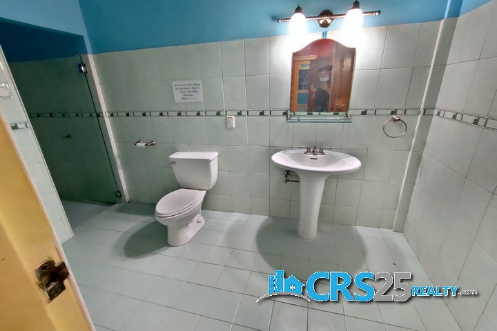 Bungalow House with Pool in Liloan Cebu 36