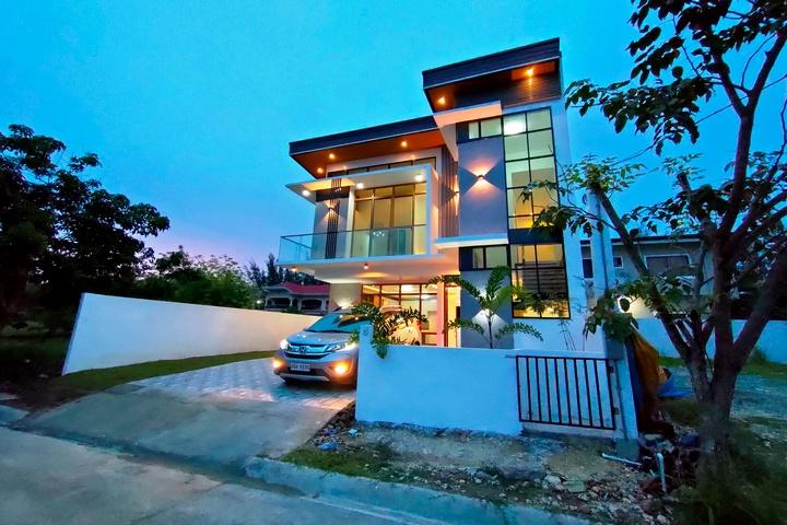 Molave House Consolacion Cebu 3.5
