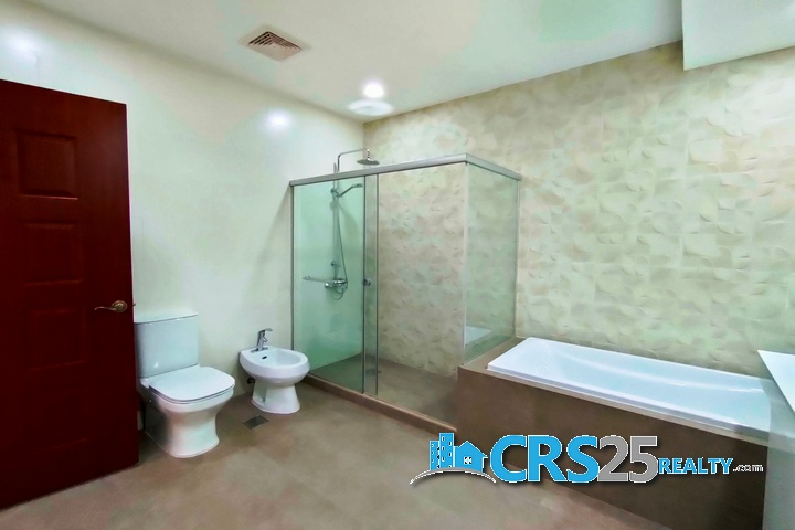 Penthouse Condo in Trilium Residences Cebu 65