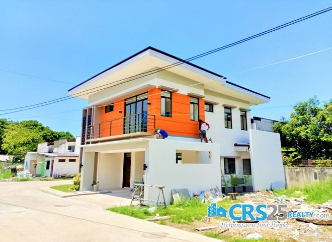 House in Woodway Talisay Cebu 15